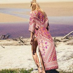 Picture perfect @marenslettvold in our stunning Sunbird Kimono in Autumn Skies.