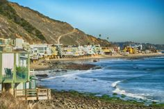 A drive on the Malibu coast is a must for any trip to Los Angeles. West of the city of Santa Monica, the beaches run east and west, creating a beautiful setting and making for some great surfing when conditions allow. Since the days of beach-blanket movies and Beach Boys songs, Malibu has exemplified Southern California beach culture.