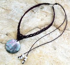 Macrame necklace with shell: http://www.makramama.meska.hu/