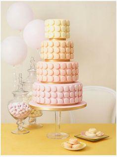 Beautiful idea -  Pastel macaron PIECE MONTEE.