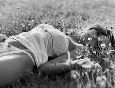 Beautiful, sensual and sexy women. Poses Boudoir, Boudoir Photography, Boudoir Pics, Female Photography, Fashion Photography, Moon Lovers Scarlet Heart Ryeo, Shooting Photo Boudoir, Boudoir Posen, Actrices Sexy