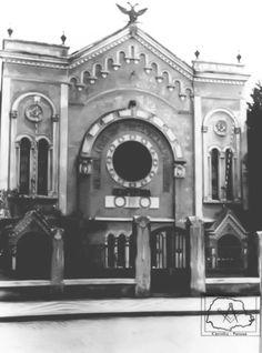 Água de duas cabeças, ornamento da antiga Loja Fraternidade Paranaense, 1961. Atual edifício Acácia.