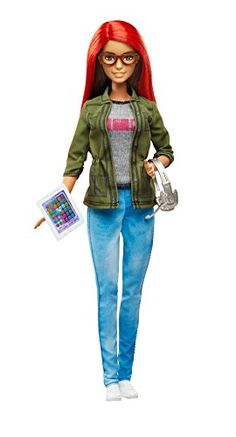 Explore the world of game development with the Barbie game developer doll! The career of the year young techies can play out the creative fun of this exciting profession. The industry-inspired fashio... Mattel Barbie, Barbie Games, Barbie Fashionista, Ken Doll, Imagenes My Little Pony, Doll Clothes Barbie, Barbie World, Barbie Friends, Collector Dolls