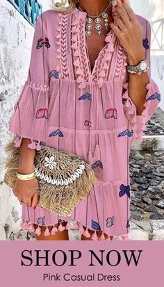 Bohemian V Neck Printed Colour Tassel Dress, Bohemian V Neck Printed Colour Tassel Dress. Boho Outfits, Casual Outfits, Best Online Clothing Stores, Plus Size Black Dresses, Flattering Outfits, Pink Dress Casual, Look Boho, Ibiza Fashion, Vintage Inspired Outfits