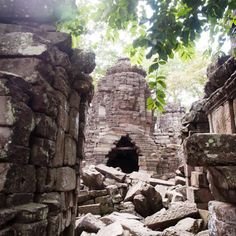 Mausoleum for a Crown Prince - the Banteay Chhmar Temples in Cambodia: Tower 18, Banteay Chhmar, Cambodia