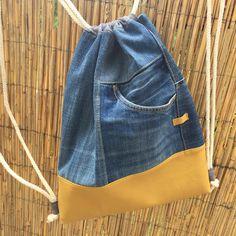 """Monika Wintermantel auf Instagram: """"... noch ein Turnbeutel - dieses Mal aus einer Jeans ... 😃 gefällt mir besonders :) #upcycling #monaw #turnbeutel #gymbag #ravensburg…"""""""
