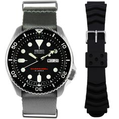 Seiko Diving Watch Made in Japan with Extra Nylon Strap Seiko Automatic Watches, Seiko Watches, Sport Watches, Cool Watches, Watches For Men, Scuba Diving Watches, Authentic Watches, Seiko Diver, High End Watches