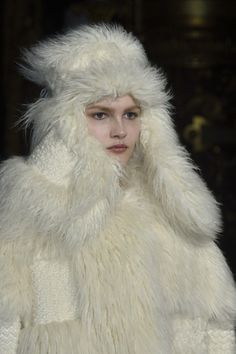 Designer@StellaMcCartneyhas us praying for more snowstorms come #AW15 so we can wrap up in this faux-fur patchwork! #PFW