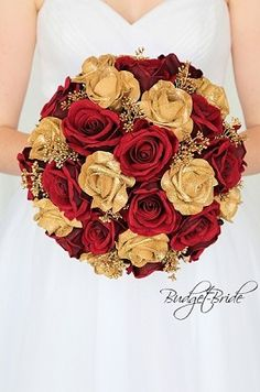 Gold Glitter roses wedding flower brides bouquet with gold theme flowers and berries Gold Wedding Bouquets, Gold Bouquet, Red Wedding Flowers, Gold Wedding Theme, Bride Bouquets, Flower Bouquet Wedding, Dream Wedding, Flower Bouquets, Fall Wedding