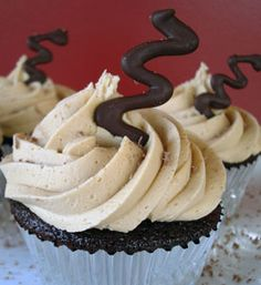 Mocha Espresso Cupcakes by Jen @ My Kitchen Addiction Cupcake Recipes, Cupcake Cakes, Dessert Recipes, Gourmet Cupcakes, Espresso Cupcakes, Banana Cupcakes, Strawberry Cupcakes, Easter Cupcakes, Velvet Cupcakes