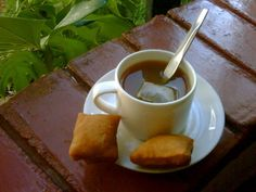 Kenya | Kenya likes to export its tea and have it too. The country produces simple black tea, but favours chai.