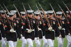 Marine Corps War Memorial | ... at the Marine Corps War Memorial in Arlington, Va., on June 15, 2010
