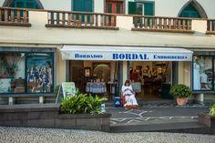 A nossa loja da Avenida do Infante abre todos os dias!! Loja online / online shop: www.bordal.pt Aguardamos a sua visita :) #bordal #madeiraembroidery #bordadomadeira #madeinmadeira