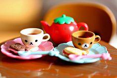 Kawaii Bear Cups and a Strawberry Teapot