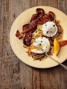 Zucchini and carrots add color and flavor to our crispy potato hash patties. Top with poached eggs and serve with a side of bacon for a hearty and delicious meal!