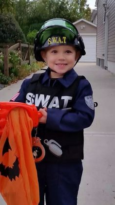 """Halloween """"American police officer"""" 2014"""