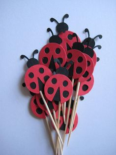 12 Red Ladybugs Party Picks Cupcake Toppers by ThePrettyPaperShop, via Etsy Girl 2nd Birthday, 4th Birthday Parties, Birthday Party Favors, Frozen Birthday, Birthday Ideas, Birthday Cake, Baby Ladybug, Ladybug Party, Diy For Kids