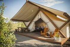 Easy Design Ideas Zelt Camping, Camping Glamping, Luxury Camping, Camping Hacks, Outdoor Camping, Camping Ideas, Camping Resort, Camping Cabins, Camping Packing