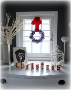 simply vintageous...by Suzan: CHRISTMAS IN THE BEDROOMS