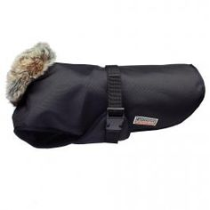Wasserdichter Hundemantel mit Fleece-Fütterung. Waterproof dog coat.