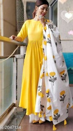 Indian Hand Block Printed Cotton Duppta Manufcturer Contact is part of Designer dresses indian - Salwar Designs, Kurta Designs Women, Kurti Designs Party Wear, Printed Kurti Designs, Party Wear Kurtis, Dress Indian Style, Indian Outfits, Indian Attire, Indian Designer Suits