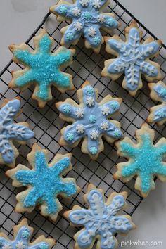FROZEN Elsa Inspired Cookies - with video tutorial!