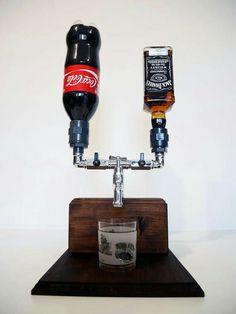 Alcohol Dispenser, Drink Dispenser, Handmade Home Decor, Handmade Wooden, Ideias Diy, Home Projects, Wine Rack, Woodworking, Bottle