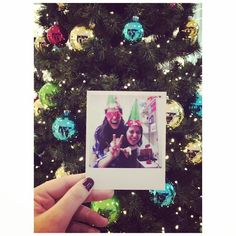 Hello best friend ❤  #love #suprise #tree #new #year #yılbaşı #ağaç #yeni #yıl #happy #decoration #dekorasyon #süsleme #süs #home #ev #hediye #gift #fotoğraf #memories #photoography #picture #decoration #dekorasyon #polaroid #creative #home #tasarım #sosyopix #photo #love #cute #funny #gift #flowers
