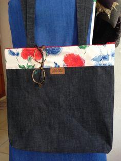 lined shoulder bag, made of clean denim scraps and floral fabric scraps 40 TL, 13 euro Denim Scraps, Fabric Scraps, Your Boyfriend, Boyfriend Jeans, Floral Fabric, Euro, Shoulder Bag, Bags, Fashion