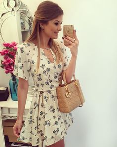Like it but not the shoulders Cute Dresses, Beautiful Dresses, Casual Dresses, Casual Outfits, Fashion Dresses, Short Sleeve Dresses, Summer Dresses, Mode Simple, Casual Looks