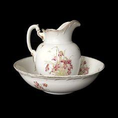 #VogueTeam #EtsyGift #Vintage Antique Wash Basin and Pitcher Set Maddock Lamberton Works Royal Porcelain