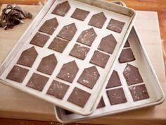 CC_Zoe-Francois-Mini-Gingerbread-Houses-Process-4_s4x3