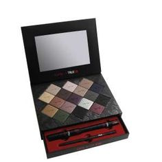 I really want this Tarte for True Blood palette but it is all sold out!  Looks like it has some gorgeous smokey colors for winter...