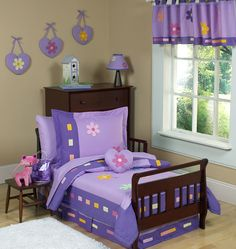 Lavender and Purple Danielle's Daisies Toddler Bedding by Sweet Jojo Designs 5pc