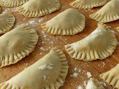Masa Recipes, Baking Recipes, Unique Recipes, Popular Recipes, Good Food, Yummy Food, Tasty, Mexican Empanadas, Recipe For Mom