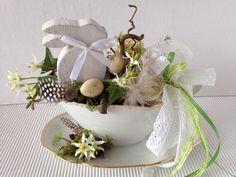 Wreaths, Home Decor, Mugs, Christmas Jewelry, Bunny, Decorating, Dekoration, Nice Asses, Decoration Home