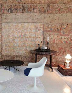 at home in sri lanka. / sfgirlbybay – Maison – Décoration – Home – Interior Sri Lanka, Home Interior, Interior Design, Interior Ideas, Interior Inspiration, Modernist Movement, Suburban House, Modern Table, Decoration