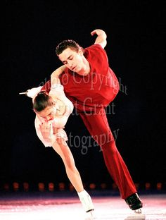 Ekaterina Gordeeva and Sergei Grinkov of Russia skate during an ice show in Ottawa, Canada. Photo copyright Scott Grant.