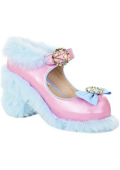 Meadham Kirchoff x Topshop. These are so ridiculous I love them a little. - pk