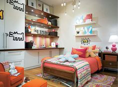 The perfect space for tween or teen girls! For more teen room inspiration visit https://www.facebook.com/TeenRooms