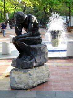estatua en Malecón 2000