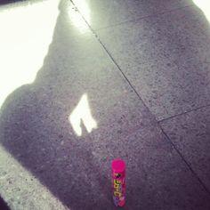 081- @tk_Chacken 我が影とジューC。 #30jc