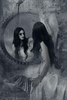 Gothic reflection~~~its Lilith Dark Gothic Art, Dark Art, Gothic Artwork, Gothic Horror, Arte Horror, Dark Beauty, Gothic Beauty, Dark Fantasy, Fantasy Art