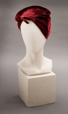 Blanche and Simone velvet hat The FIDM Museum - Blanche side