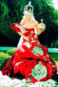"""Gwen Stefani in Dior haute couture by John Galliano for her """"What You Waiting For"""" music video ; Gwen And Blake, Gwen Stefani And Blake, Gwen Stefani Style, Gwen Stefani Pictures, Gwen Stefani No Doubt, Dior Haute Couture, Couture Week, Provocateur, John Galliano"""