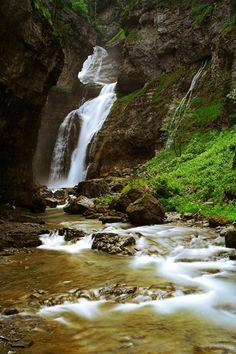 Aragón, Ordesa, cascada del Estrecho, Pirineos   Spain