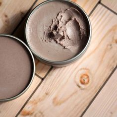 Smooth Finish DIY Organic Foundation With Sunscreen 1.5oz Almond Oil 1oz Shea Butter .5oz Cocoa Butter .5oz Beeswax 1/8t Vitamin E .5oz Zinc Oxide Cocao Powder Cinnamon