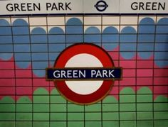 Step by Step Guide to Green Park Tube Station in London #London #stepbystep