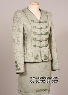Női bocskai kosztüm 09