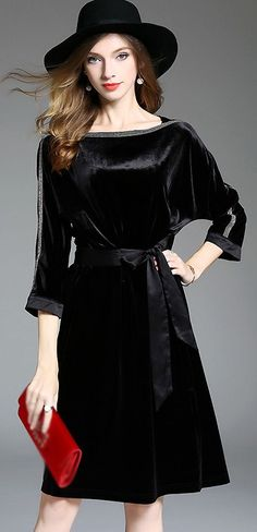 Brief Velvet Belt Slit Skater Dress